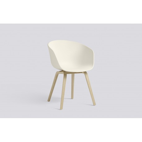 CHAISE ABOUT A CHAIR